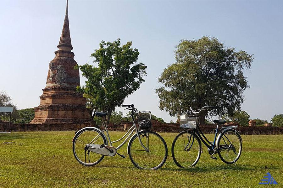 Ayutthaya Highlights Cycling Tour